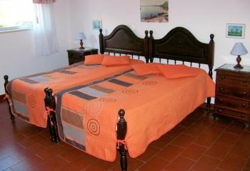 Sao Martinho do Porto - Aluguer Apartamento Turistico Capacidade 4 pessoas
